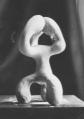 Atribut màgic (entre el 1934 i el 1935). Fotografia de la peça desapareguda mostrada a l'exposició «Tres escultors que presenta ADLAN»