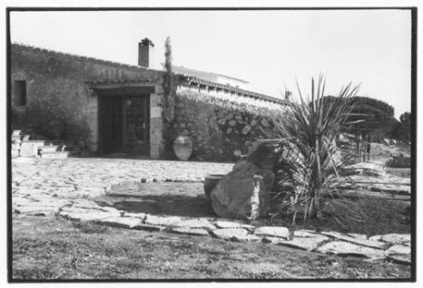 Domicili familiar a Montgó dissenyat per Jaume Sans.